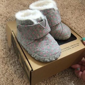 Baby girl Tom boots size 2